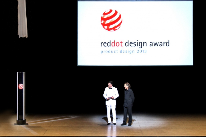 Günter Wermekes impresses the initiator and CEO of the world's most significant design prize – Bild 6